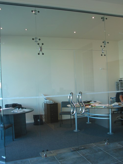 SteelsGlass Showroom-5.jpg