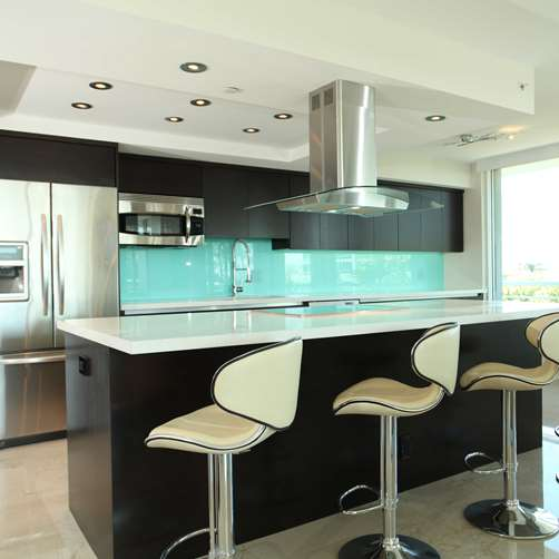Glass Splashback aqua in kitchen by Metro Glass