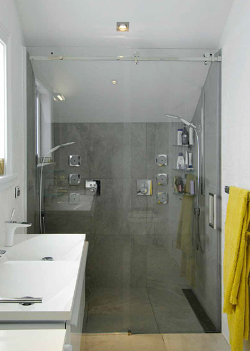 Frameless Glass Showers - Product Overview Banner.png